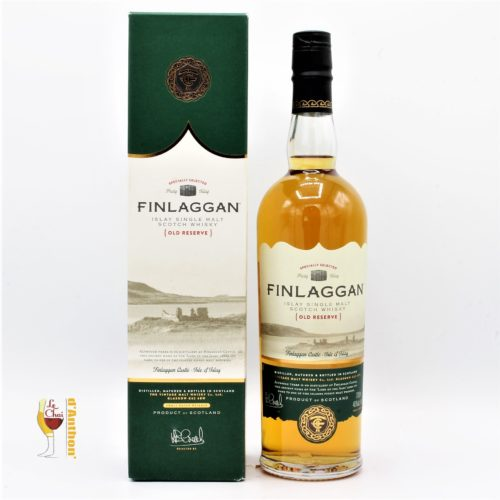Le Chai D&902.JPG039;Anthon Spiritueux Whiskies Scotch Tourbe Islay Single Malt Finlaggan Old Reserve 70cl 902